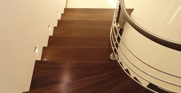obłożenie schodów betonowych