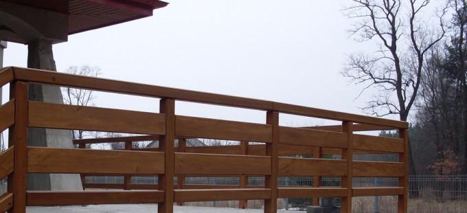 balustrady balkonowe drewniane